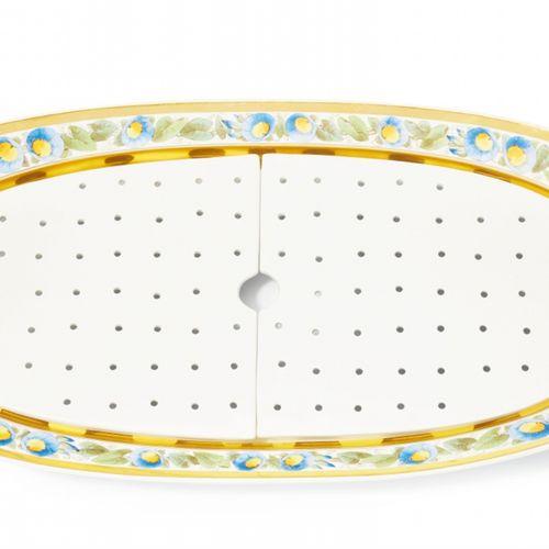 Königliche Porzellanmanufaktur Berlin KPM Paar ovale Fischplatten mit blauen Win…