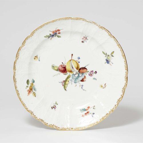 Meissen Königliche Porzellanmanufaktur Speiseteller aus einem Tafelservice für F…