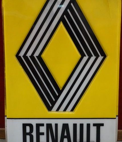 According to Vasarely, single sided RENAULT billboard, 153 x 101 cm, accidents.