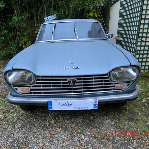 Peugeot 204 coupé, first put on the road on December 3, 1968, 6cv fiscal.  Seria…
