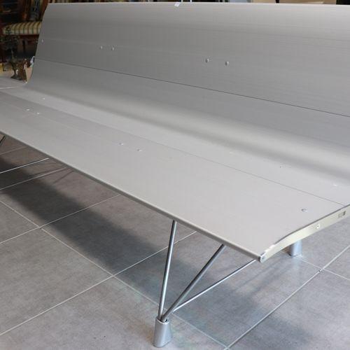 Lievore Altherr Molina Design bench AERO by SELLEX with shelf. Designed by Lievo…