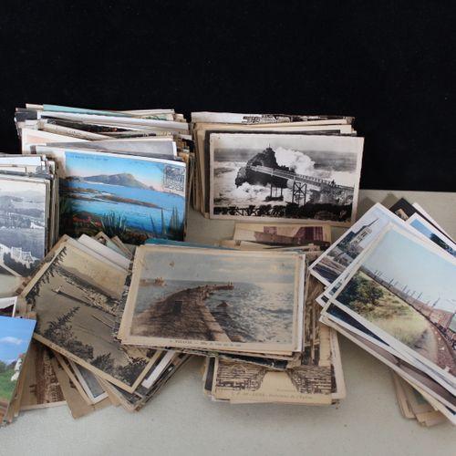 A batch of approximately 460 postcards