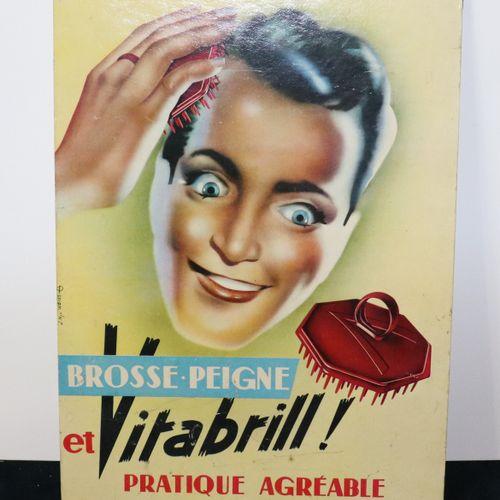 Publicité carton brosse et peigne VITABRILL, H39cm, L29cm