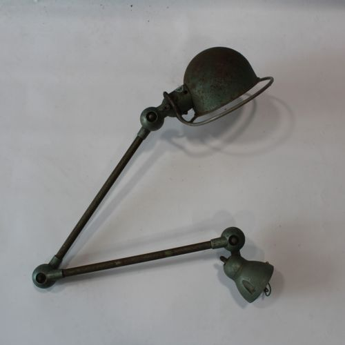 "Lampe d'atelier ""Jielde"" 2 bras dans son jus Dim environ 110 cm ouvert"
