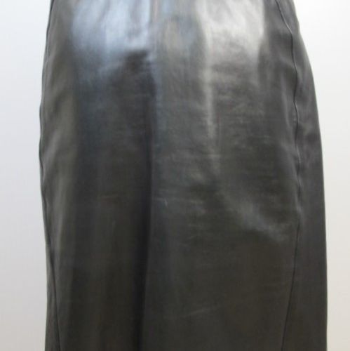 Audrey CHARLES  Straight black leather skirt.  Size 38/40  (Good condition, two …
