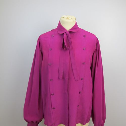 Set of two blouses:  One in fuchsia pink silk, Claudine collar, closing with 6 b…