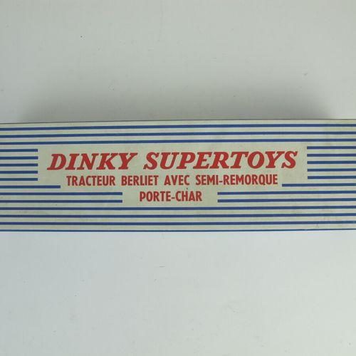 Dinky supertoys tractor Berliet with semi trailer tank door reference 890 good c…