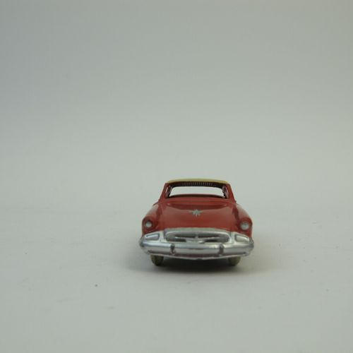Dinky Toys France lot of 3 miniatures at 1/43rd of which : Studebaker order refe…