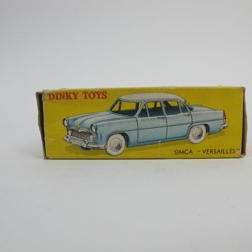 Dinky Toys France lot of 2 miniatures at 1/ 43rd Of which: reference 24X Ford 54…