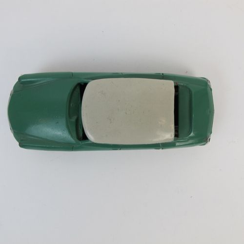 DINKY TOYS France miniature 1/43 th ID 19 green cream roof ref 24C nice conditio…