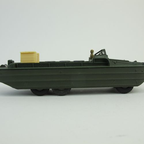 Dinky toys set of 2 military miniatures in original box including : DUKW amphibi…