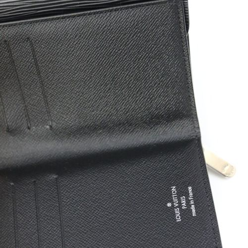 LOUIS VUITTON  Portefeuille Porte monnaie en cuir épi noir  Fermeture par systè…