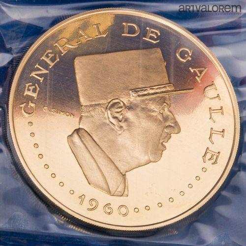 Médaille en or de 10 000 francs à l'effigie du Générale de Gaulle, République du…