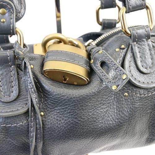 CHLOE  Sac modèle Paddington en cuir gris, double poignée permettant un porté ma…