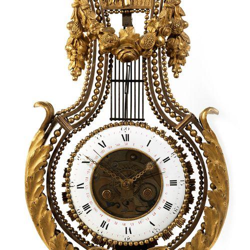 Französische Louis XVI Lyra Kaminuhr Höhe : 63 cm. Breite : 28 cm. Frankreich, E…