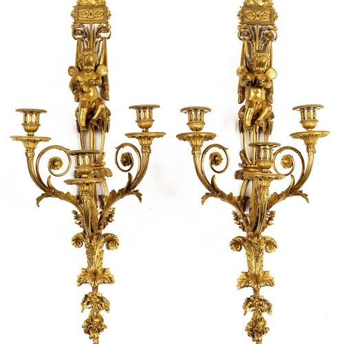 Paar bedeutende Louis XVI Appliken Höhe: jeweils: 83 cm. Frankreich, zweite Hälf…