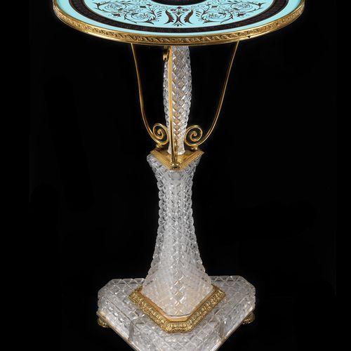 """Seltener Glasguéridon """"Baccarat"""" Höche: 76 cm. Durchmesser: 45,5 cm. Paris, 19. …"""