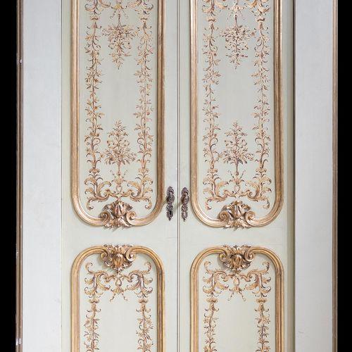 Elegante Flügeltür 220 x 120 cm. Mittelitalien, 19. Jahrhundert. Zweiflügelige H…