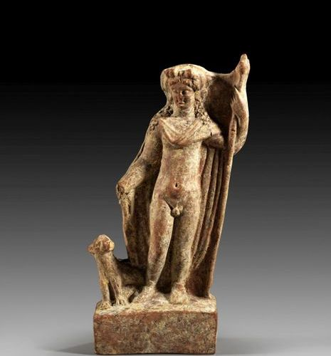 TERRAKOTTASKULPTUR Dionysos with panther and thyrsos. Reddish brown terracotta. …