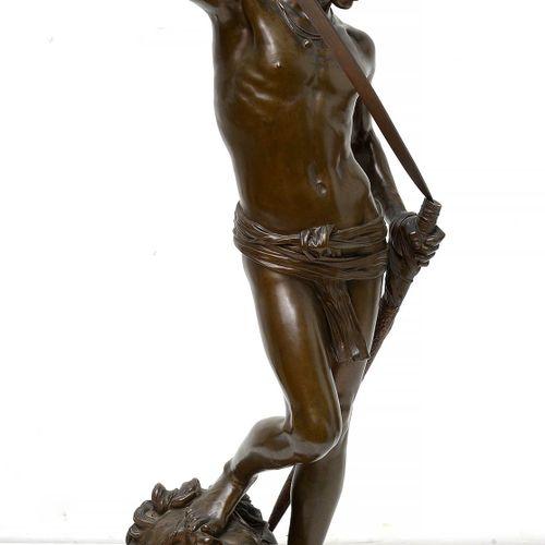 """MERCIE Antonin (1845 1916) """"David vainqueur de Goliath"""" en bronze à patine brune…"""