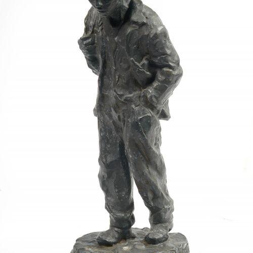 """VAN DEN BOSSCHE Henri (1886 1952) """"Gavroche"""",青铜材质,有黑色铜锈。签名为H. Van den Bossche Fi…"""