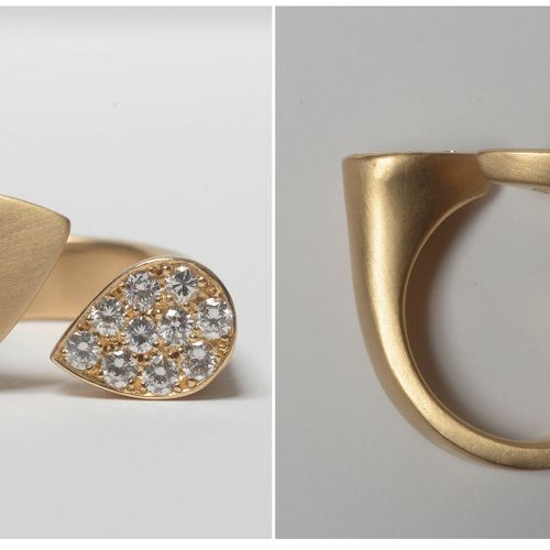 Bague en or jaune 18 carats sertie de diamants taille brillant pour un total de …