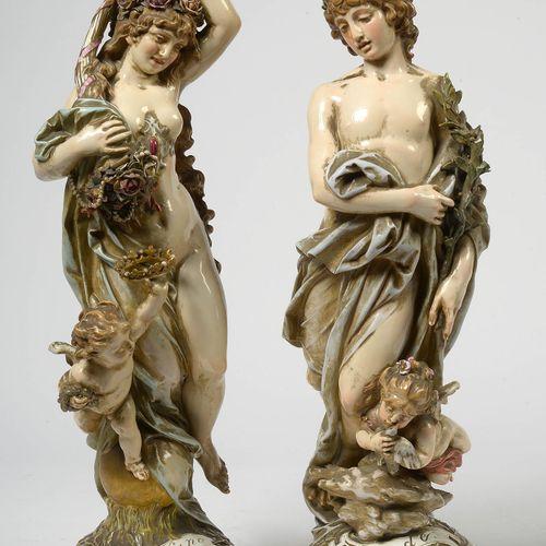 "SCHWABE Heinrich (1847 1924) ""Friede"" et ""Fortuna"" en porcelaine polychrome de M…"