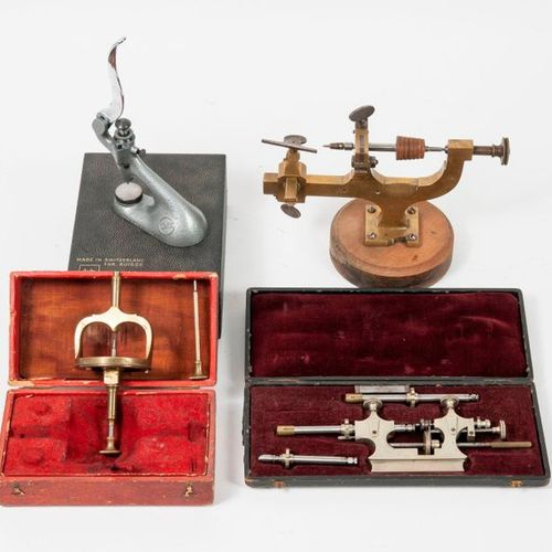 A set of watchmaking instruments, from the end of the 19th or beginning of the 2…