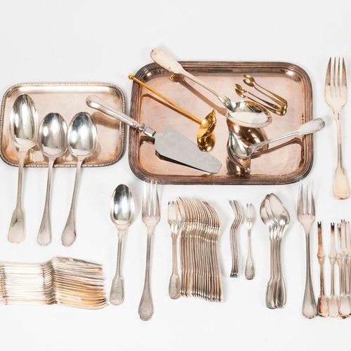 Silver plated metal cutlery set :   Two cutlery of salad service, model with net…