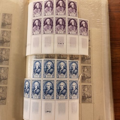 TOUS PAYS Set of mint and cancelled stamps including FRANCE, in sheets or fragme…