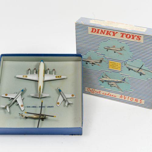 DINKY TOYS, Made in France Coffret cadeau Avions comprenant :   Mystère IV A 60 …