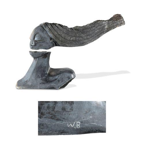 Witness BONJISI (1975) La coiffure.  Sculpture en pierre noire grise. Taille dir…