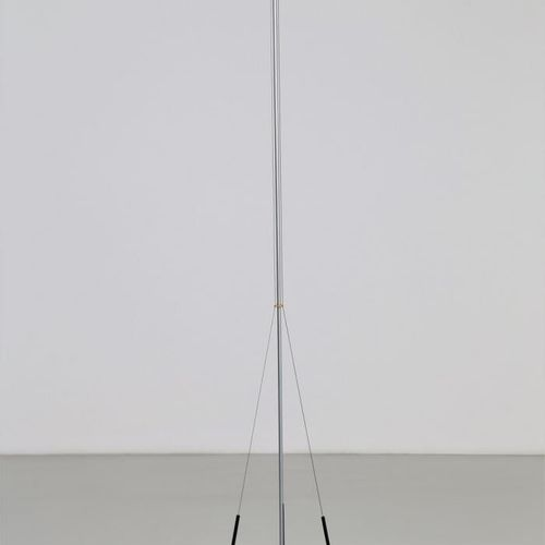 GIANFRANCO FRATTINI (1926 2004) Lampadaire Acheo.  En métal.  Edition Artemide. …