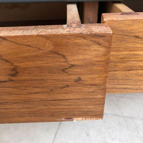Dans le goût d'Erik HERLOW Petite enfilade.  Acier, bois naturel et bois de plac…