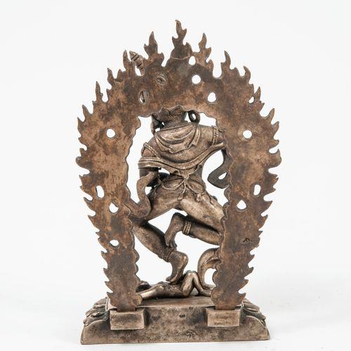 CHINE ou TIBET, XXème siècle Daïkini nue, parée de joyaux et couronné d'un diadè…
