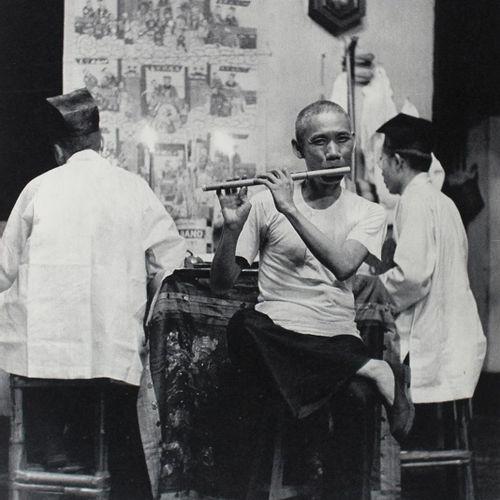 Cartier Bresson,H. Images à la sauvette. Paris, Verve 1952. Fol. Avec 126 photos…