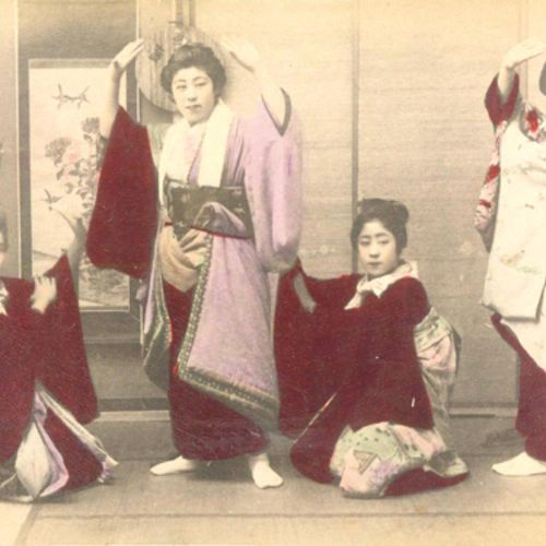 Japanisches Lackalbum avec 24 col. Sur 12 feuilles de carton fort. Photogr., (ve…