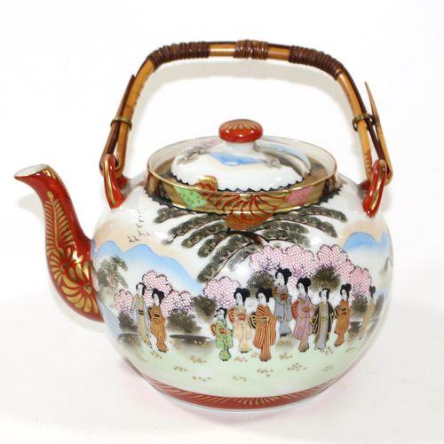 Konvolut Varia 为收藏家和转售商。发现包括烛台,剪刀,黄铜火柴盒和多件茶具,日本约1930年。由货运代理收取或运送。