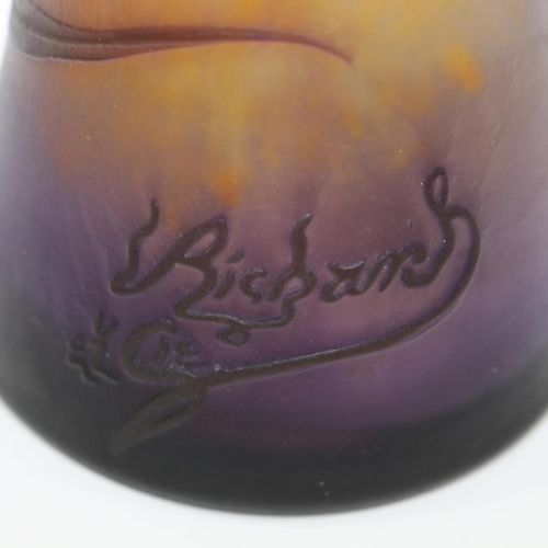 Cameo Vase Loetz/Richard. Trichterförmige Vase mit floralem, hochgeätztem Dekor …