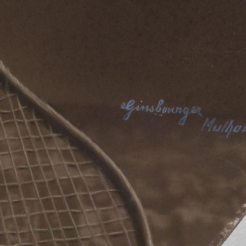 PHOTO ANCIENNE de E. GINSBOURGER [Petit garçon tenant une raquette de TENNIS dan…