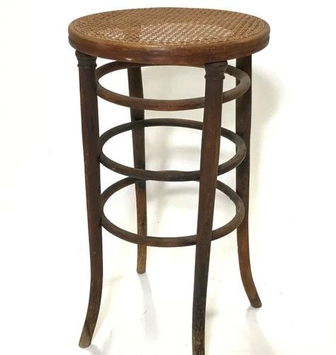 Jacob Josef KOHN Bar stool, cane seat. Label on reverse. Top. 80 L.: 42 cm Wear …