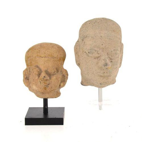 Set of two heads of young dignitaries Beige terracotta Tumaco, Ecuador, 500 B.C.…