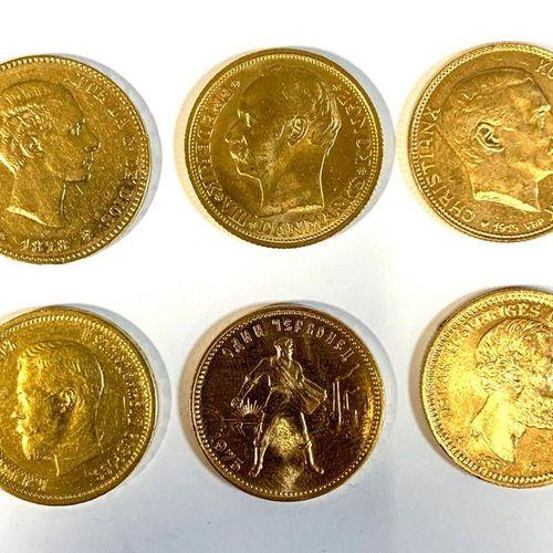 World  Set of six gold coins including,   A 20 Kroner Oscar II 1884, 8.98 grams.…