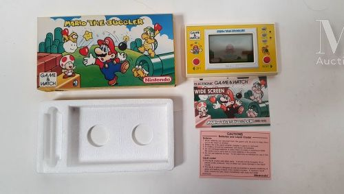 "NINTENDO GAME & WATCH NINTENDO GAME & WATCH  ""Mario The Juggler"" (MB 108), 1991.…"