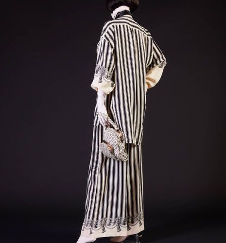 Chantal THOMASS Automne Hiver 1988/1989 Black and white printed silk crepe silk …