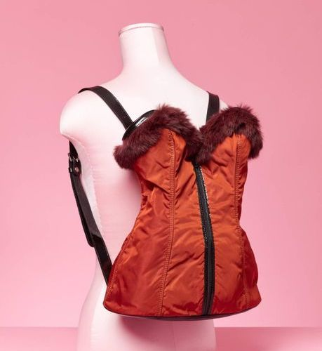 Chantal THOMASS Automne Hiver 1990 Strapless nylon and mink lined backpack  43 x…