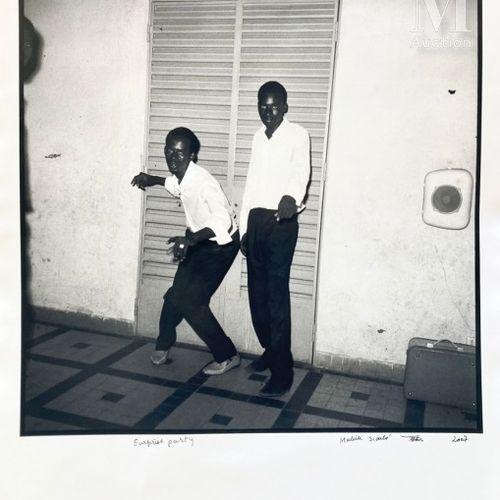 Malick Sidibé (né en 1936) Surprise Party, 2007  Photographie en noir et blanc, …