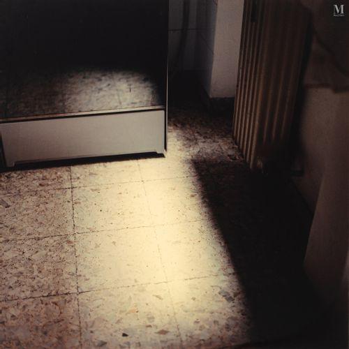 ELISA SIGHICELLI (NEE EN 1968) Senza Mondo IV, 1998  Photographie couleur dans u…