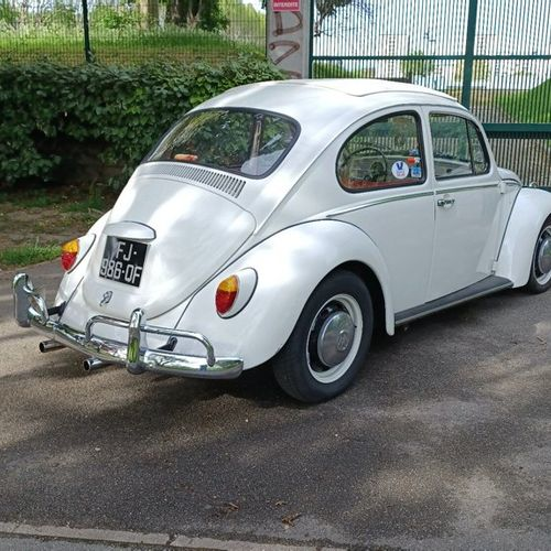 Volkswagen Coccinelle Type 11 découvrable Volkswagen Coccinelle Type 11 découvra…