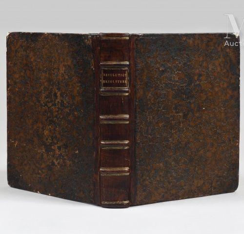 Livre de Sainte Helene RARE OUVRAGE DE LA BIBLIOTHÈQUE DENAPOLÉONA SAINTE HÉLÈ…